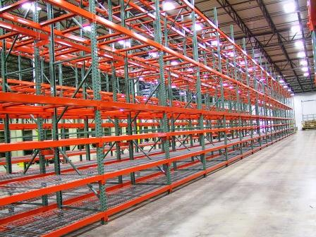 Pallet Racking System with floor access Case Picking utilizing Internal Wire Decking
